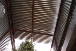 El tejado del local