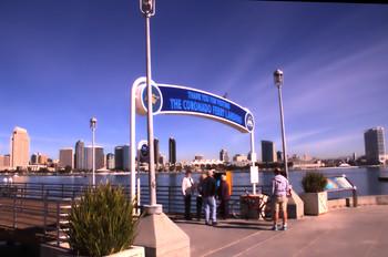 Puerto del ferry que lleva desde Coronado al centro de la ciudad