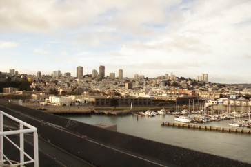 Las ciudad vista desde el puerto.
