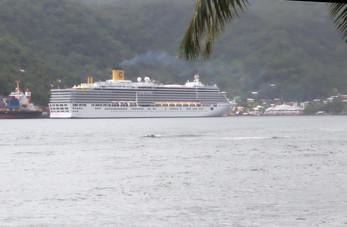 En nuestro regreso vemos nuestro barco.