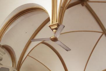 la disposición de los ventiladores es muy curiosa.