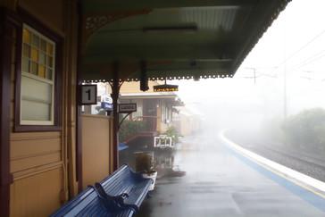 La estación de Katoomba entre la niebla