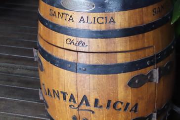Estaban utilizando este barril como mesita