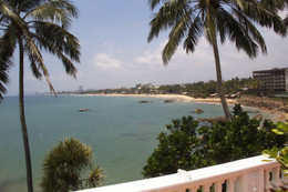 La playa de Mount Lavinia