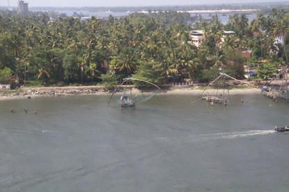 Redes Chinas vistas desde nuestro barco: Costa Deliziosa