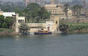 Una bonita casa, ahora sí que terminada de construir, en el Nilo
