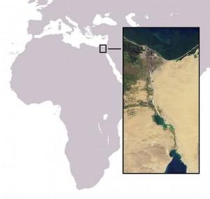Mapa de ubicación y fotografía satelital del canal de Suez.