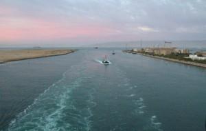 La entrada al Canal en Suez