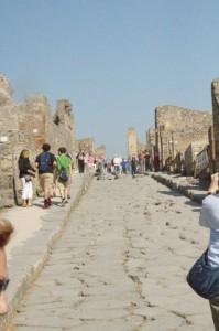 Una de las rectas calles de Pompeya