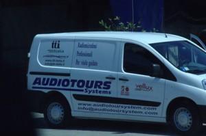Y el coche de los equipos de sonido nos los recoge. La experiencia con ellos ha sido muy buena.