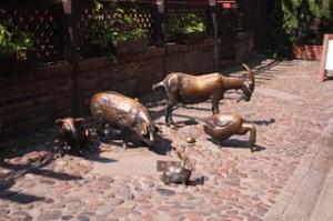 Cerdo, conejo, cabra, oca... que se vendían en este callejón
