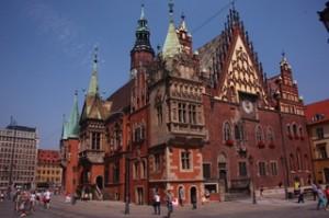 Ayuntamiento gótico en la Plaza del Mercado