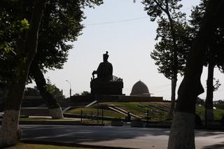 Monumento a Tamerlan visto por detrás