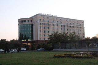 Hotel Registon Plaza