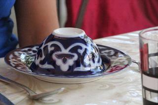 Los platos y tazas