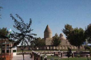 Fuente o manatial del profeta Job (mausoleo de  Tchachimaï Ayyub