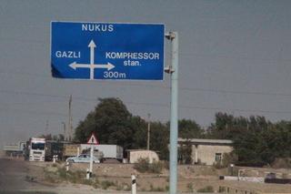 Vanos camino de Nukus