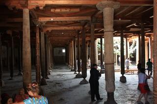 KUMA MASJIDI VA MINORASI (Mezquita del viernes