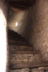 Escalera del minarete de la madraza Islom Xo'ja