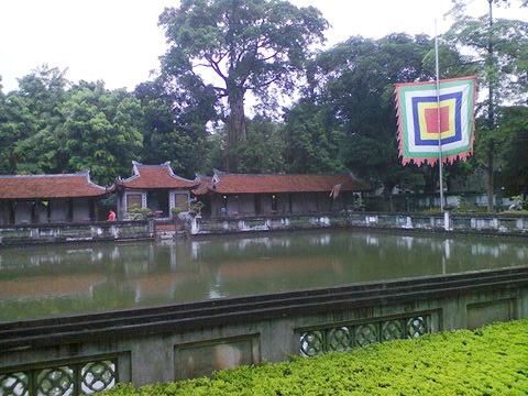 En el templo hay cinco pabellones. Aquí uno de ellos
