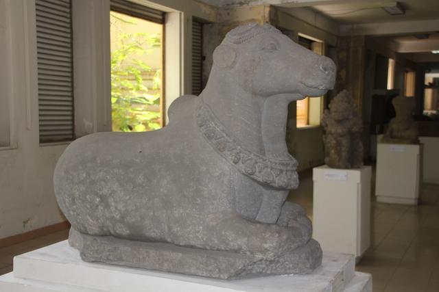 Escultura de la vaca sagrada.