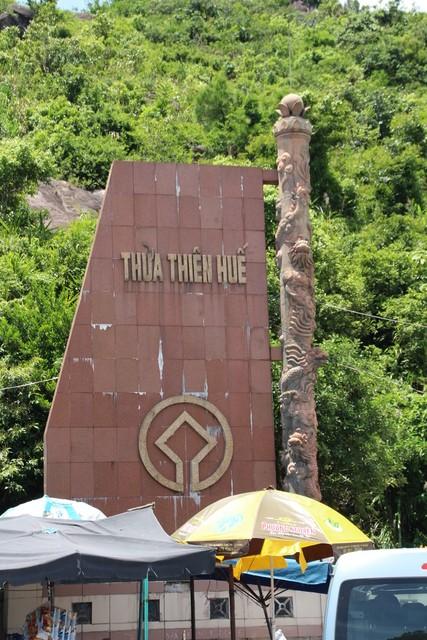 Esta señal indica que aquí empieza la provicnia de Thien Hue.