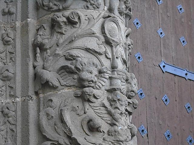 Detalle de la fachada de la Catedral Nueva de Plasencia.