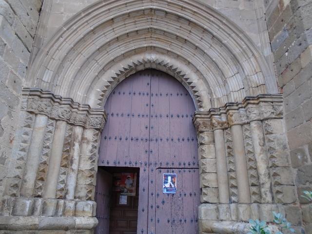 Portada de la iglesia de San Nicolás.