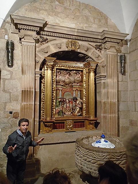 Retablo de la Adoración en la iglesia de San Nicolás.