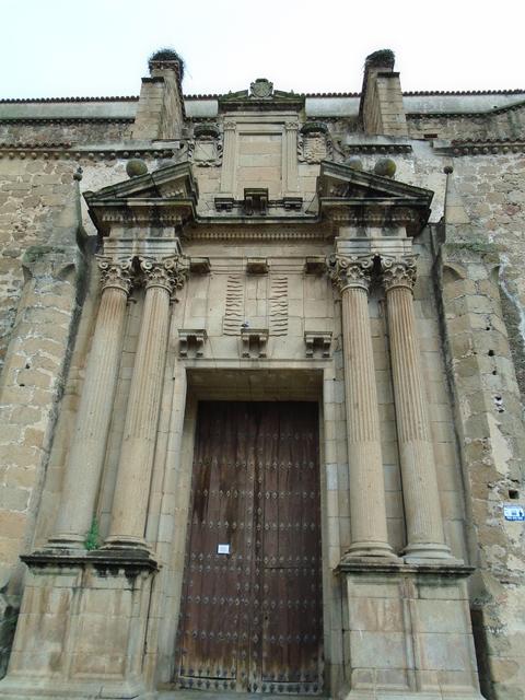 Fachada convento de San Vicente Ferrer.
