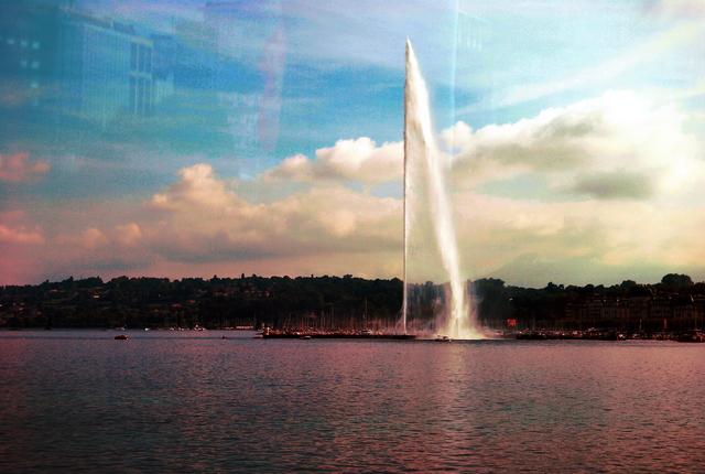 Geiser artifical del lago Lemnas --también conocido como lago Ginebra.