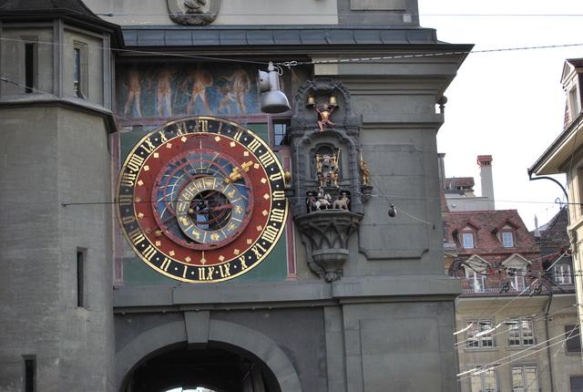 Reloj en torre del reloj, Berna.