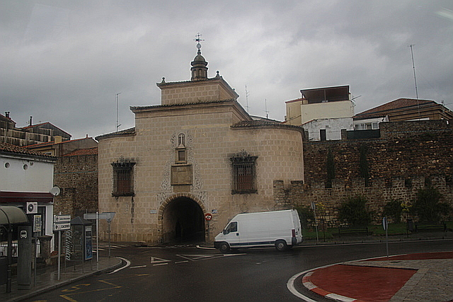 Puerta de Trujillo.