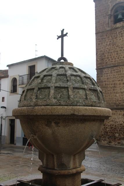 Detalle de la fuente de la plaza de San Nicolás.
